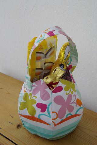 Egg-tote