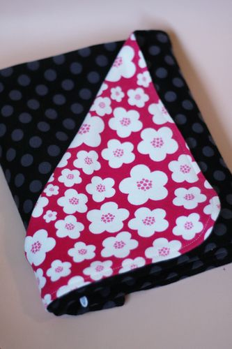 PY-Knits-Swaddle-Blanket-Polka-Dot-Folded