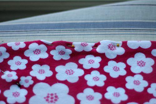 Knit-Blanket-Pinning-Opening