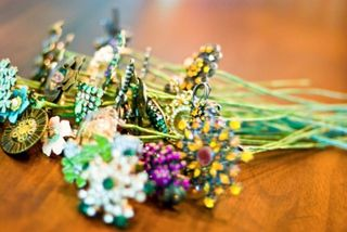 Diy-brooch-bouquet-3-e1300300603905